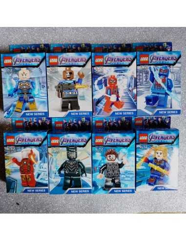 DISPLAY LEGO AVENGERS ( 8 CAJAS)